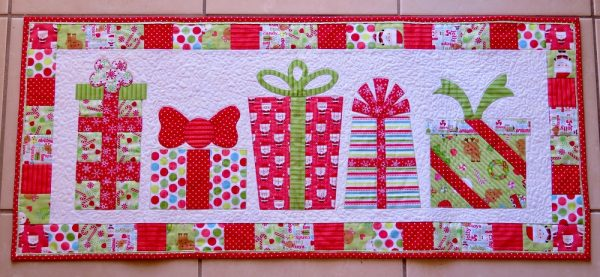 Gorgeous Gifts Table Runner